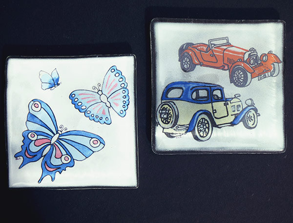 Coasters-9cm-square-rubber-feet